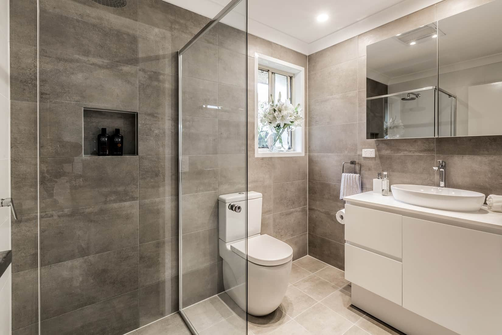 Types of Shower Screens