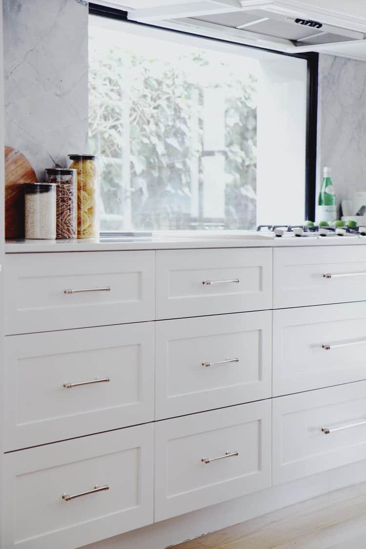 How to renovate kitchen window splashback to maximize natural light